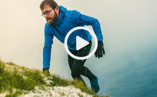 Sverri running in the cliffs of the Faroe Islands.
