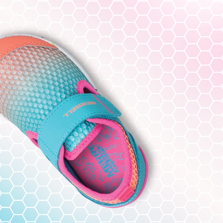 A Marrell Bare Steps shoe over a pink hexagon grid