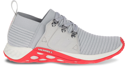 A Range AC+ shoe featuring 3D Stretch Knit.